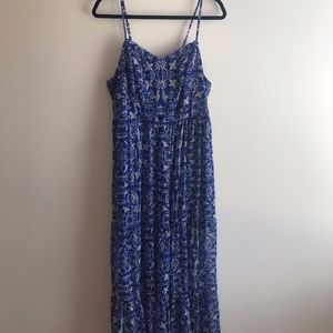 Tiered printed maxi dress